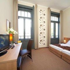 Отель Erzsebet Kiralyne (Queen Elizabeth) Годолло комната для гостей фото 4