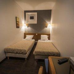 Central Hotel 3* Стандартный номер с 2 отдельными кроватями фото 9