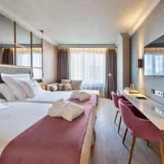 Отель Barceló Emperatriz 5* Номер категории Премиум с различными типами кроватей фото 13
