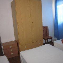 Отель Hostal Casa De Huéspedes San Fernando - Adults Only Стандартный номер с различными типами кроватей фото 5