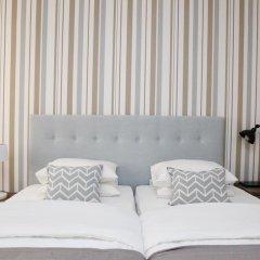 Отель Flores Guest House 4* Улучшенный номер с различными типами кроватей фото 10