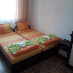 Отель Georgievi Guest House Болгария, Поморие - отзывы, цены и фото номеров - забронировать отель Georgievi Guest House онлайн комната для гостей