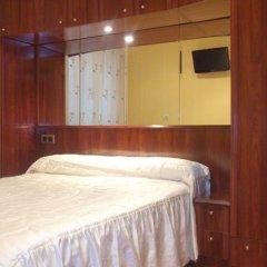Отель Pension Angelines Испания, Сантандер - отзывы, цены и фото номеров - забронировать отель Pension Angelines онлайн комната для гостей фото 3