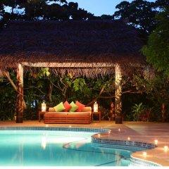 Отель Matangi Private Island Resort бассейн фото 3