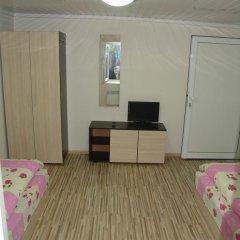 Отель Our Home 2 Guest Rooms Стандартный номер фото 9