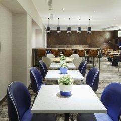 London Marriott Hotel Regents Park 4* Номер Делюкс с различными типами кроватей фото 4