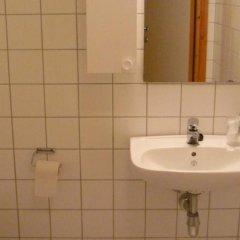 Отель Roligheden Ferieleiligheter Кристиансанд ванная фото 2