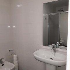 Отель Albergue Pension Flavia Кровать в общем номере фото 19