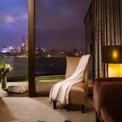 Отель Harbour Grand Hong Kong 4* Номер Делюкс с различными типами кроватей фото 4