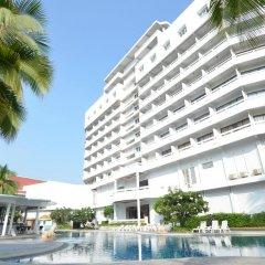 Welcome Plaza Hotel бассейн фото 2