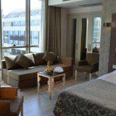 Port Side Resort Hotel комната для гостей