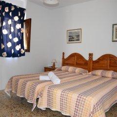 Отель Pensión Eva Стандартный номер с 2 отдельными кроватями (общая ванная комната) фото 11