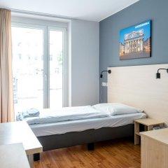 Отель A&O Wien Stadthalle 2* Стандартный номер с различными типами кроватей