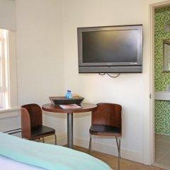 Отель Cadillac 2* Стандартный номер с двуспальной кроватью фото 11