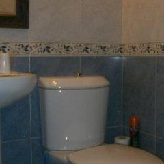 Отель Hostal Absolut Stay Барселона ванная