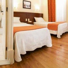 Отель Aliados 3* Номер категории Эконом с 2 отдельными кроватями фото 14