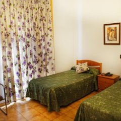 Отель Hostal Ramos Стандартный номер фото 9