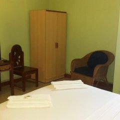 Отель Almond Tree Guest House 3* Стандартный номер с двуспальной кроватью (общая ванная комната) фото 3