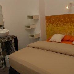 Отель Hostal Sol y K Испания, Барселона - отзывы, цены и фото номеров - забронировать отель Hostal Sol y K онлайн комната для гостей фото 4
