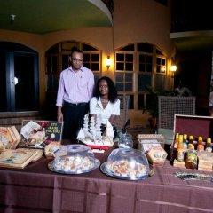 Отель Milbrooks Resort Ямайка, Монтего-Бей - отзывы, цены и фото номеров - забронировать отель Milbrooks Resort онлайн питание фото 2