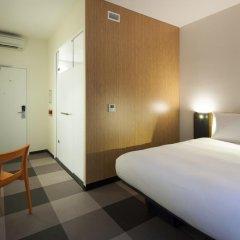 Отель easyHotel Brussels City Centre 3* Улучшенный номер с различными типами кроватей фото 2