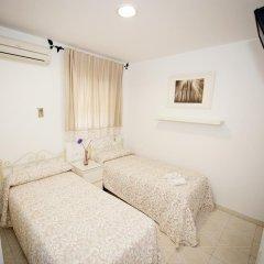 Отель Hostal Avenida Испания, Кониль-де-ла-Фронтера - отзывы, цены и фото номеров - забронировать отель Hostal Avenida онлайн комната для гостей фото 3