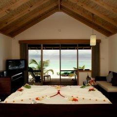 Отель Kuredu Island Resort 4* Вилла с различными типами кроватей фото 9