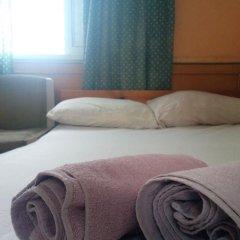 Momos Hostel Стандартный номер с двуспальной кроватью фото 7