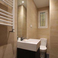 Отель Apartamentos Dali Madrid Испания, Мадрид - отзывы, цены и фото номеров - забронировать отель Apartamentos Dali Madrid онлайн ванная