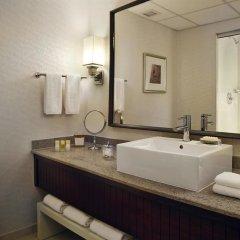 Отель Hyatt Regency St. Louis at The Arch 4* Стандартный номер с различными типами кроватей фото 6
