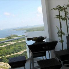 Отель Suites Malecon Cancun балкон