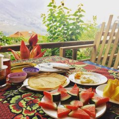 Sapa Tavan Hostel Шапа питание фото 2