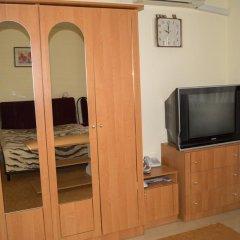Хостел Ирон 2 Номер Эконом с разными типами кроватей фото 3