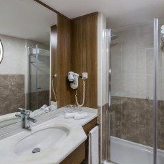 Richmond Istanbul Турция, Стамбул - 2 отзыва об отеле, цены и фото номеров - забронировать отель Richmond Istanbul онлайн ванная фото 2