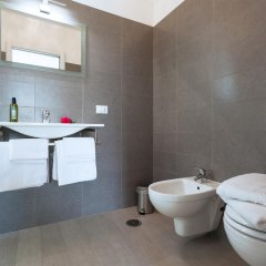 Отель Elements Bed&Breakfast ванная