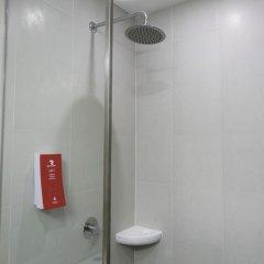 Отель Red Planet Aseana City, Manila ванная фото 2
