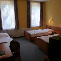 Hotel Deutsche Eiche 2* Стандартный номер фото 4