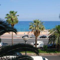 Отель Appartement hotel azur Франция, Ницца - отзывы, цены и фото номеров - забронировать отель Appartement hotel azur онлайн пляж фото 2