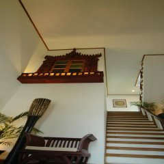 Hotel Amazing Nyaung Shwe сейф в номере