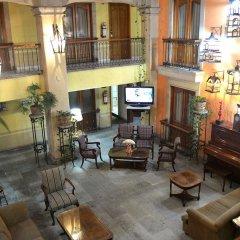 Отель Santiago De Compostela Hotel Мексика, Гвадалахара - отзывы, цены и фото номеров - забронировать отель Santiago De Compostela Hotel онлайн интерьер отеля фото 3