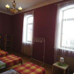 Хостел Кутузова 30 Кровать в общем номере с двухъярусной кроватью фото 2