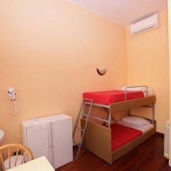 Nika Hostel Стандартный номер с различными типами кроватей фото 2