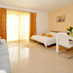 Отель Apartmani Trogir 4* Улучшенная студия с различными типами кроватей