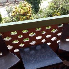 Отель Almond Tree Guest House 3* Номер Делюкс с 2 отдельными кроватями фото 4