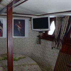 Гостиница Boatel St Andre Украина, Киев - отзывы, цены и фото номеров - забронировать гостиницу Boatel St Andre онлайн интерьер отеля