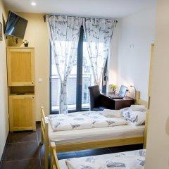 Hostel Moving Номер Делюкс с различными типами кроватей фото 3
