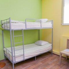 Отель Жилые помещения Кукуруза Кровать в мужском общем номере фото 12