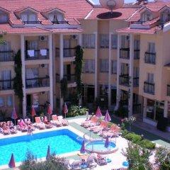 Отель Club Amaris бассейн