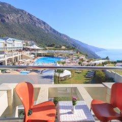 Orka Sunlife Resort & Spa Турция, Олудениз - 3 отзыва об отеле, цены и фото номеров - забронировать отель Orka Sunlife Resort & Spa онлайн балкон