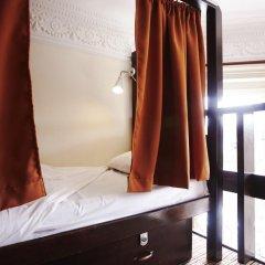 Отель Palmers Lodge Swiss Cottage Кровать в общем номере фото 9
